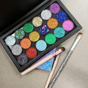 NWT 18 Pressed High Pigment Glitter Makeup
